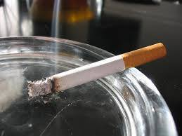 Топ 10 стран, где больше всего курят