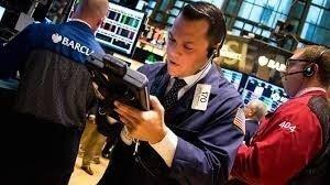 Трейдеры берут в долг огромные деньги на покупку акций