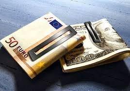 Почему евро стремится к паритету с долларом США?