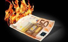 Евро упадет ниже паритета до конца 2015 года