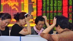 Китайские акции упали, после распродажи на азиатских рынках
