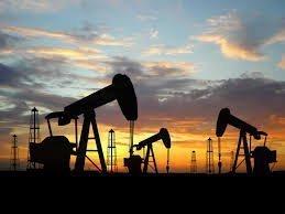 Нефть остановилась вблизи годового максимума,  $38