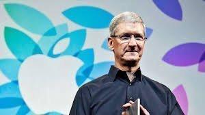 Глава Apple Тим Кук увидел iPhone на полотне Рембрандта