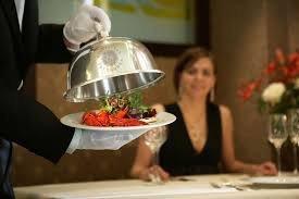 Как заработать официантом $100,000 в год в Нью-Йорке?