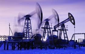 Нефть дешевеет, несмотря на то, что МЭА повысило прогноз по спросу