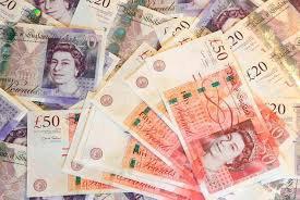 Фунт обвалился до 30-летнего минимума против доллара, так как сторонники Brexit-а лидируют