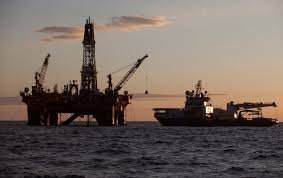 Нефть торгуется в районе $42 за баррель