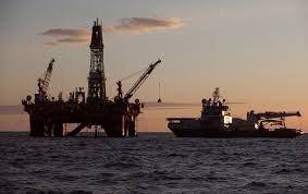 Нефть  дешевеет, так как августовский рост пошел на спад