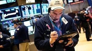 Dow и S&P потеряли более 1%, впервые за 5 месяцев