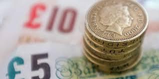 Розничные продажи в Великобритании росли максимальными темпами за 19 месяцев