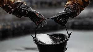Нефть может снова обвалиться до $30 за баррель