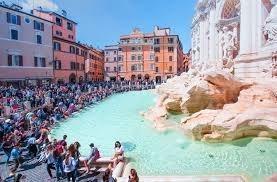 Туристы набросали $1.5 млрд в фонтан Треви в Риме