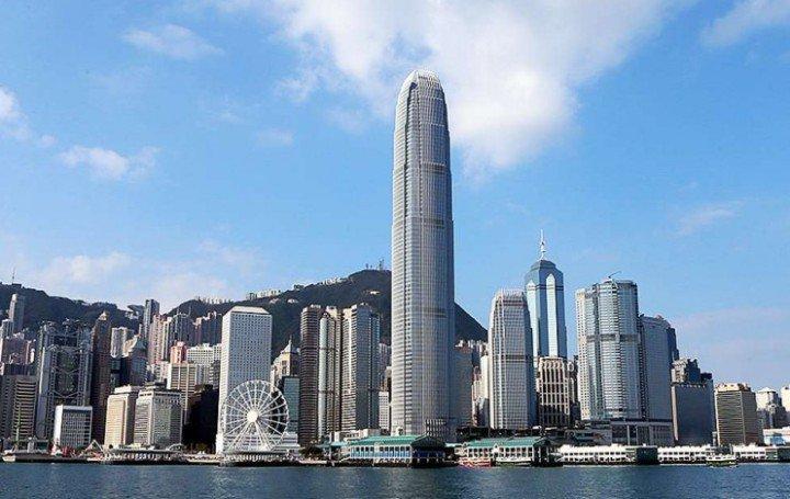 Гонконг: 20 лет после перехода к Китаю