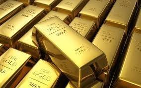 Золото просело с 11-месячного максимума, так как доллар стабилизировался
