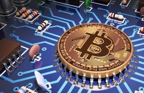 Биткоин уверенно опережает другие цифровые валюты