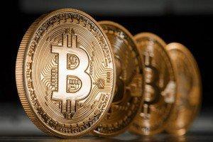Если хотите инвестировать в биткоин – готовьтесь потерять деньги