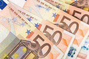 Евро обновил максимум за три года