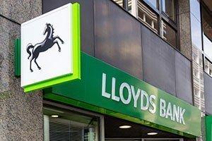 Lloyds запретил клиентам покупать криптовалюты с помощью кредитных карт