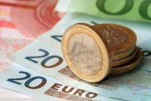 Евро просел после выборов в Италии
