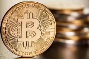 Как регуляторы пытаются взять под контроль биткоин