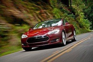 Акции Tesla взяли курс на худший месяц в истории
