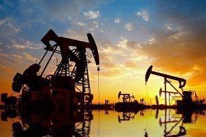 Нефть продолжила рост, так как число буровых установок сократилось