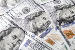 Доллар теряет статус резервной валюты