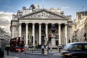 Цикл повышения ставок Банком Англии отсрочен