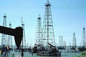 Нефть выросла выше $70, рынок ждет решения Трампа по Ирану