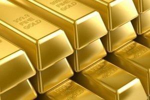 Золото опережает акции в этом году