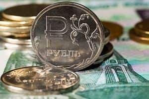 Российский рубль растет вслед за нефтью