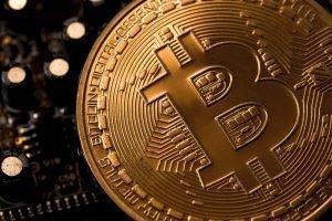 Почему падает биткоин?