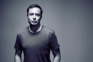 Илон Маск обвиняет персонал Tesla в саботаже