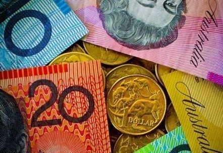 Австралийские банки ставят на падение австралийского доллара