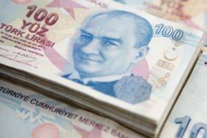 Санкции могут подтолкнуть лиру к минимуму