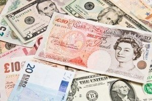 HSBC: Прогнозы по фунту против евро и доллара
