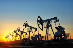 Нефть приближается к $57, остановив снижение