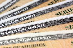 Началось противостояние между акциями и облигациями