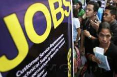 Заявки по безработице в США упали на 7,000 до 222,000