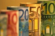 Курс евро вырастет в этом году, так как ЕЦБ завершит стимулирующую программу