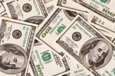 Фонд, который опередил 98% конкурентов, сокращает позиции по доллару