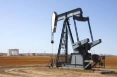 Нефть падает, из-за роста производства в США и России