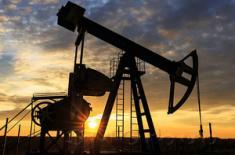 Нефть взяла курс на недельный спад
